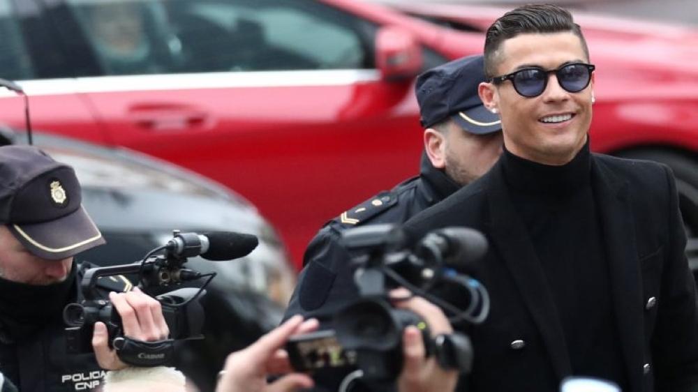 الحكم بسجن كريستيانو رونالدو وغرامة مالية تفوق 18 مليون يورو.. تعرف على السبب !