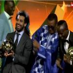 """شاهد.. محمد صلاح يحتفل بتتويجه أفضل لاعب في إفريقيا للمرة الثانية بـ """"وصلة رقص""""!"""