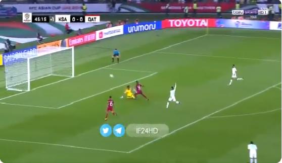 بالفيديو.. المنتخب القطري يسجل الهدف الأول في شباك السعودية من خطأ كارثي للدفاع