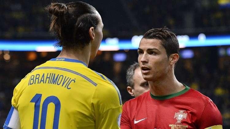 """إبراهيموفيتش """"يسخر"""" من رونالدو : هذا هراء !"""