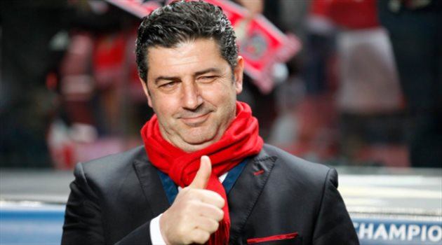 بالفيديو..مدرب النصر الجديد يوجه رسالة مثيرة للنصراويين