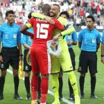 بالفيديو..لحظة تحول حزن منتخب فلسطين والجمهور إلى فرح بعد هزيمة سوريا أمام أستراليا