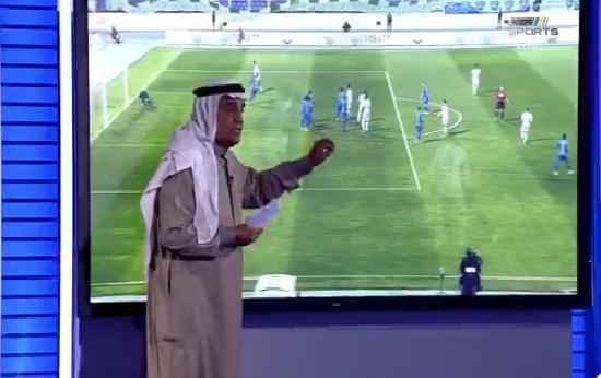"""بالفيديو.. محمد فودة يكشف عن ركلة جزاء غير محتسبة في مباراة """"الأهلي والفتح""""!"""