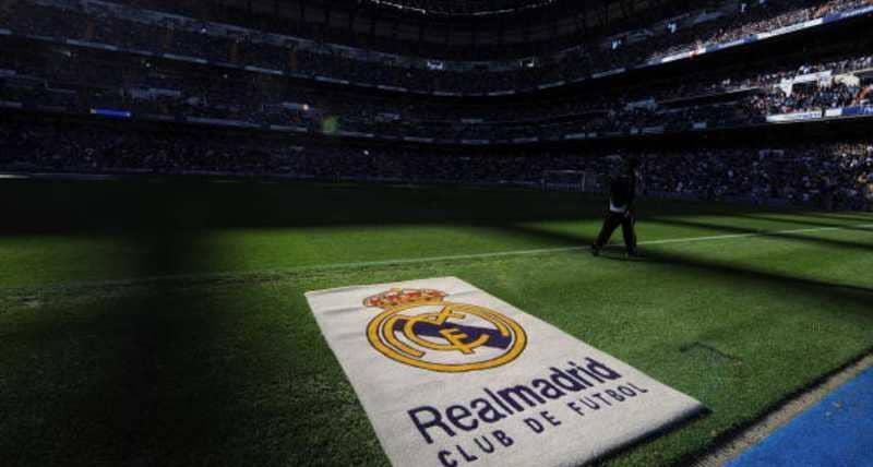 """ريال مدريد يرفض """"نجما كبيرا"""" بسبب سلوك زوجته"""