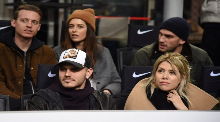 بالفيديو.. هجوم جماهير إنتر ميلان على إيكاردي وزوجته خلال مباراة سامبدوريا