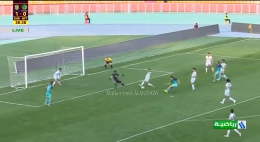 """بالفيديو..لاعب العراق يسجل هدفا """"مارادونيا"""""""