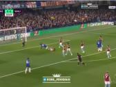 بالفيديو..لاعب تشيلسي يسجل هدفاً خارقاً في مرمى وست هام