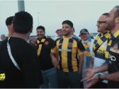 """بالفيديو..مشجع اتحادي لنصراوي: جاي تاخذ هدية """"رمضان"""" وترجع"""