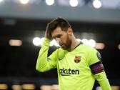 ميسي يطالب برشلونة بالتوقيع مع 3 لاعبين