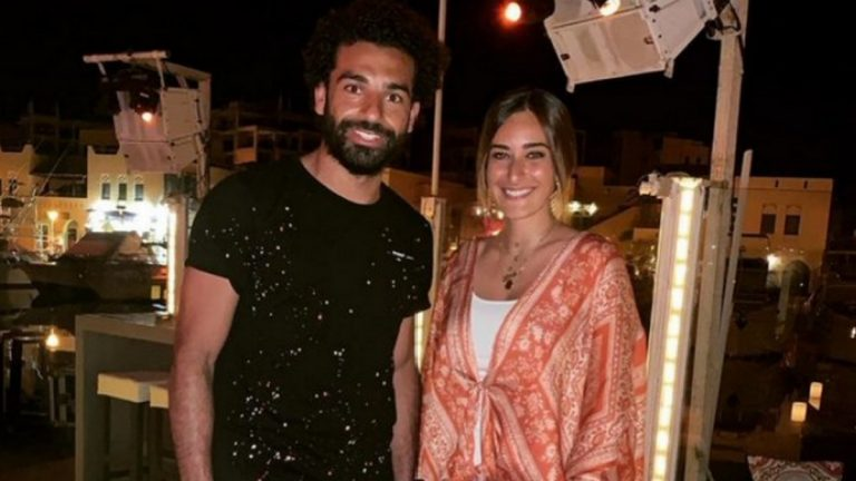 جدل حول صورة أمينة خليل مع محمد صلاح في الجونة