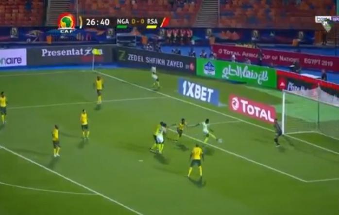 بالفيديو.. المنتخب النيجيري يسجل الهدف الأول في مرمى جنوب إفريقيا