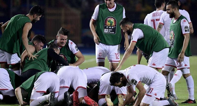 بالفيديو..المنتخب التونسي يتفادى مفاجآت مدغشقر ويضرب موعدًا مع السنغال في نصف نهائي أمم أفريقيا