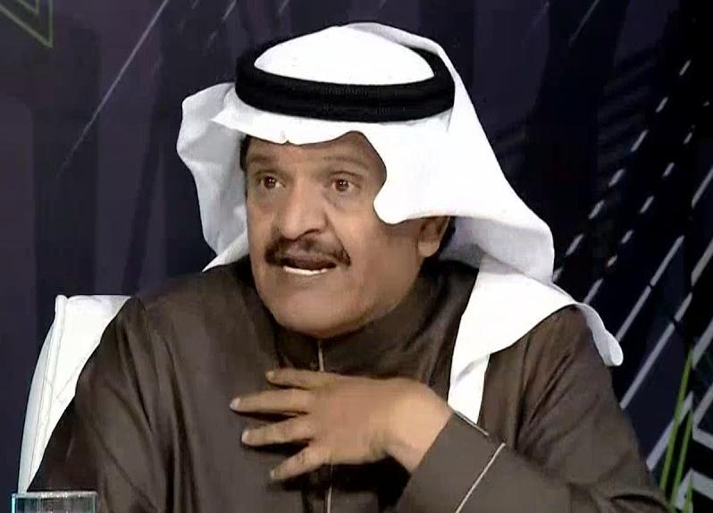 جستنيه ينتقد حكم مباراة الاتحاد والهلال ويحذر الإدارة من اتخاذ هذا القرار!