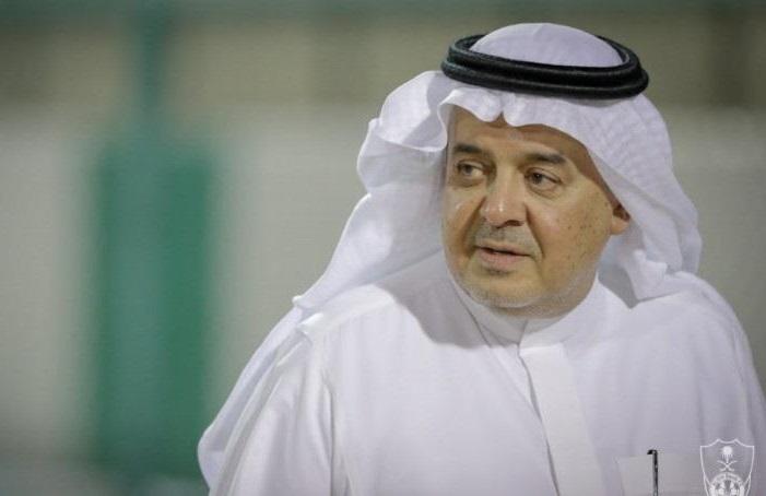 الأمير منصور بن مشعل يتدخل لمنع مدرب كبير من قيادة الأهلي