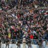 شاهد : احتفالات وهتافات جمهور العراق بعد فوز منتخبهم على إيران