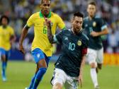 """بالفيديو.. ميسي يقود الأرجنتين للفوز على البرازيل في """"سوبر كلاسيكو"""" الرياض"""