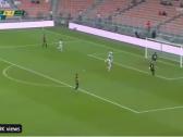 بالفيديو..فيكيو يضيف الهدف الرابع للاتحاد في مرمى الرياض