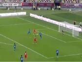 بالفيديو.. المنتخب البحريني يضيف الهدف الثالث في مرمى الكويت